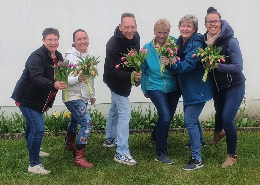 Bild vom Vorstand 2021. Von links: Simone Werner, Sandy Dippmar, Frank Dippmar, Kerstin Hirsch, Cornelia Gnauck und Jana Präkelt